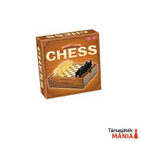 Klasszikus sakk fa játékelemekkel